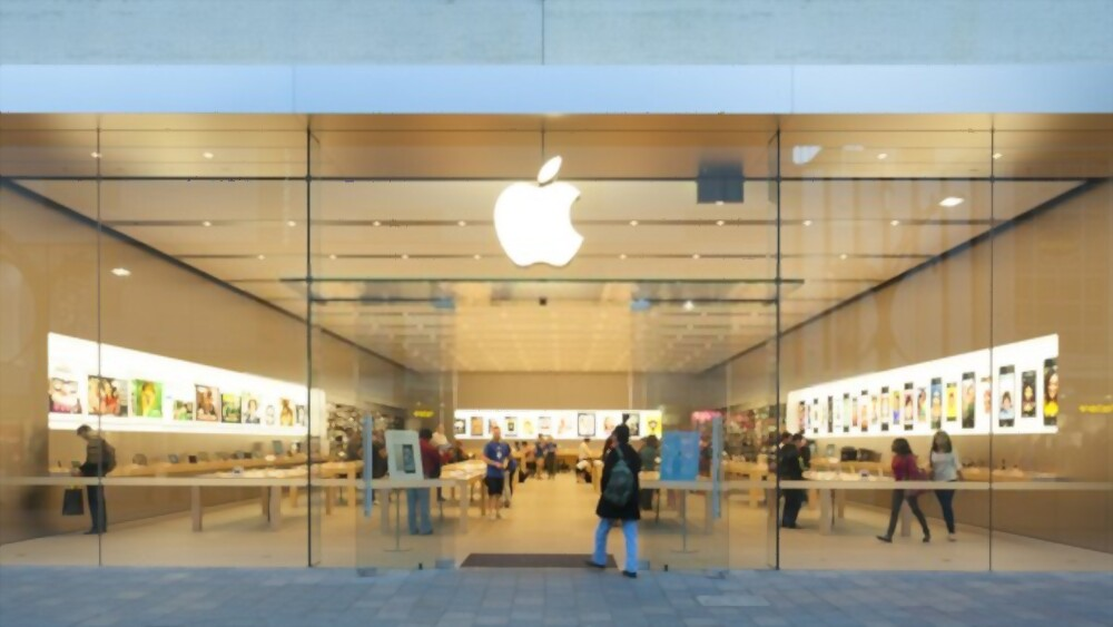 Apple Finally Reopens Its US Retail Stores For The First Time In Nearly A Year